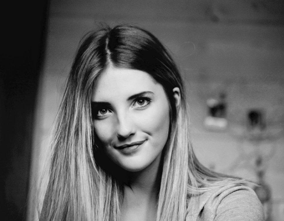 Portrait de Julie Bouton, vidéaste à Clermont Ferrand