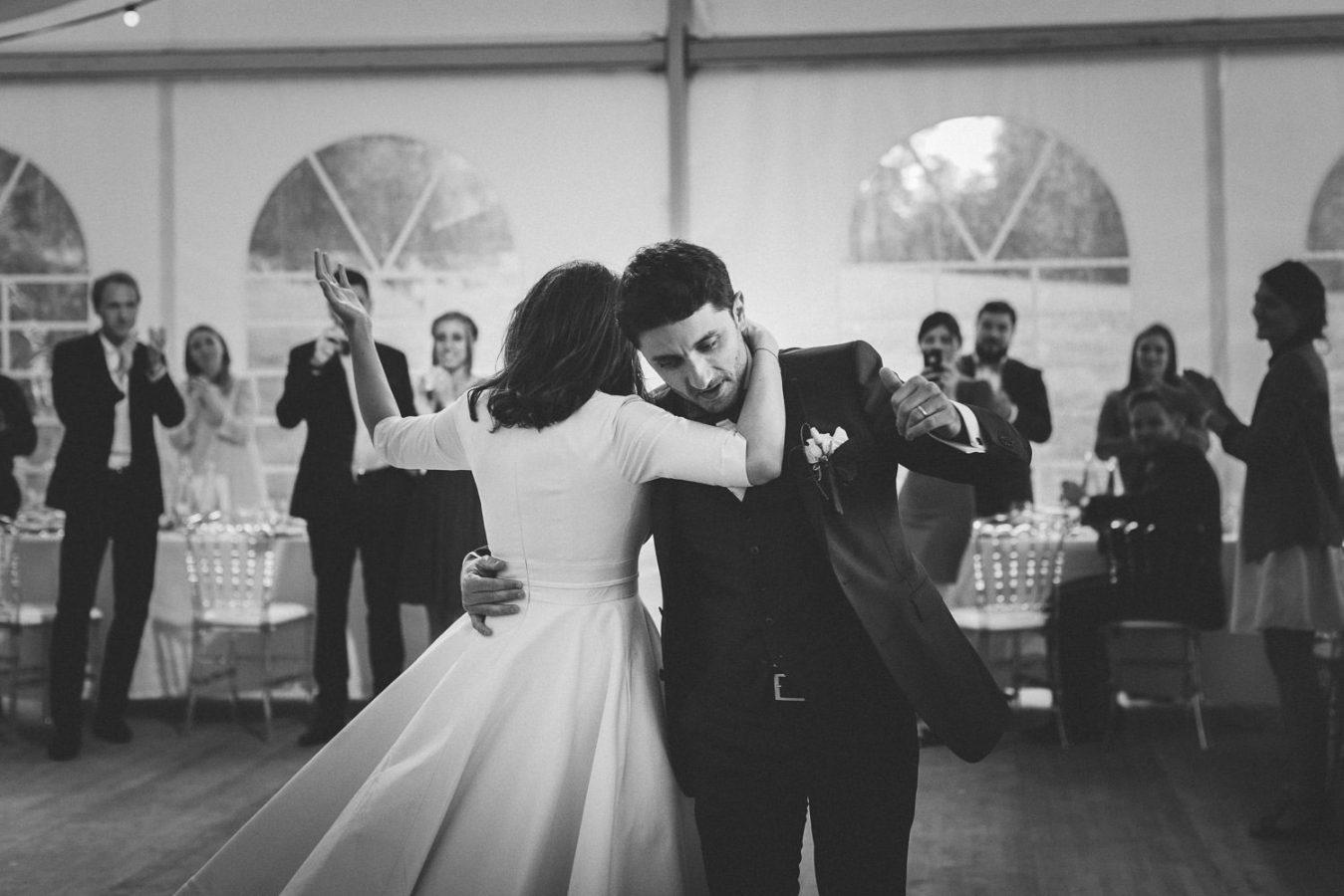 mariage-aux-allures-retro-dans-le-cantal-auvergne-priscilliahervier-photographe-421_mini