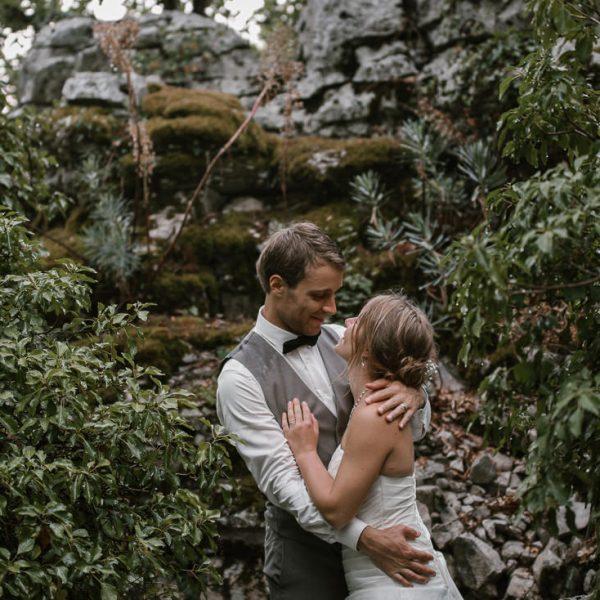 Mariage en petit comité dans les gorges de l'ardeche, Priscillia Hervier