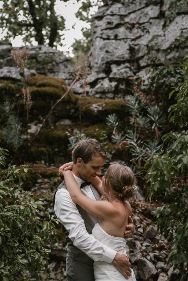 sandra-et-julien-mariage-dans-les-gorges-de-ardeche-223_mini