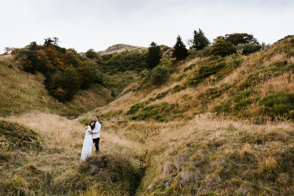 séance couple dans les montagnes, Priscillia Hervier