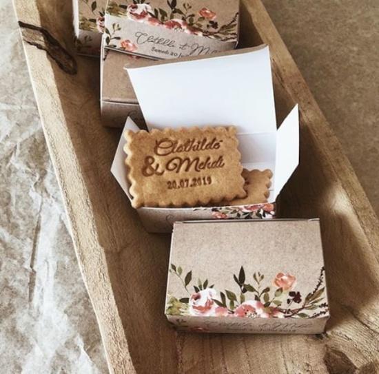 Biscuits personnalisés de shanty, cadeaux pour invités au mariage, Priscillia Hervier, photographe auvergne